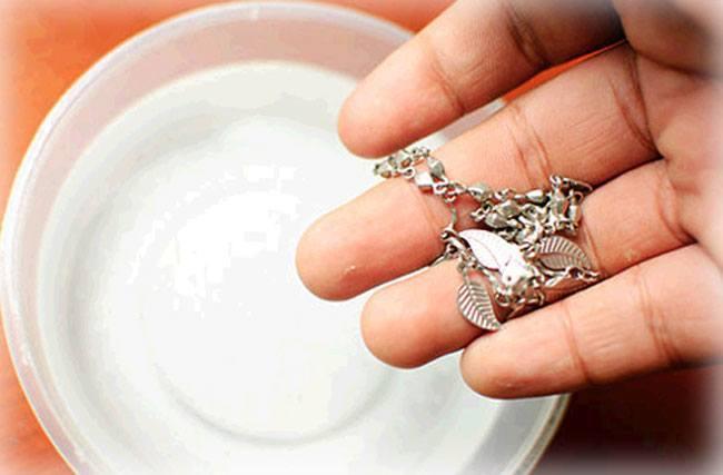 Kako očistiti srebro